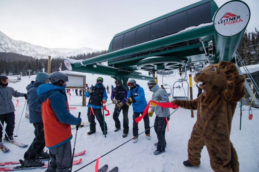 Arapahoe Basin: New Pali Lift - Open